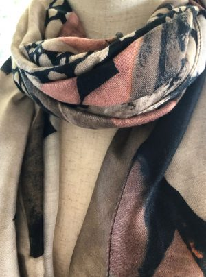 Long winter scarf with pink, grey and black swirl pattern