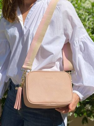 cross body bag in dusty pink