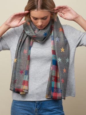 star scarf with checks on the reverse