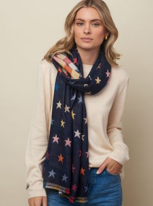 Scarf with checks on one side and stars on the other
