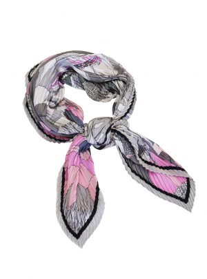 Square scarf with pleats in a botanical print in pink, blues and greys