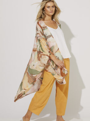 Cape in tropical pattern